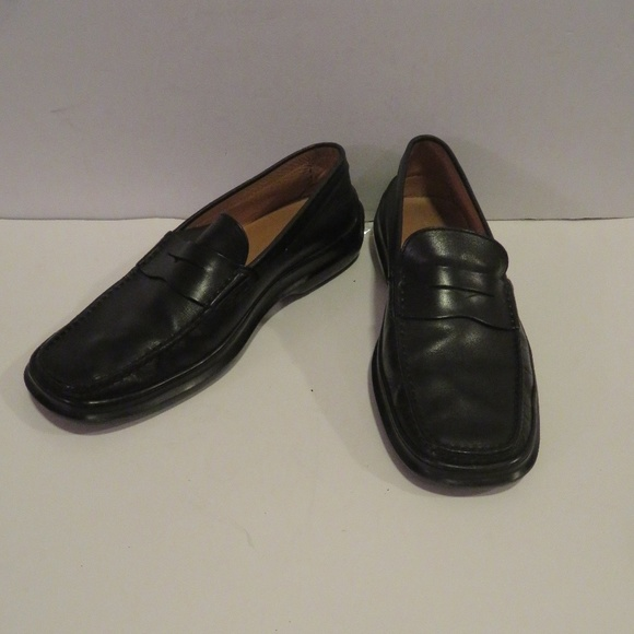 9ff93b3b61461 Tod's Shoes   Tods Black Leather Loafer Size 9   Poshmark